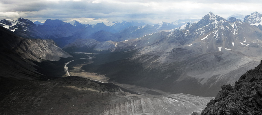 Looking beyond the pass along the Icefields Parkway towards Banff National Park.