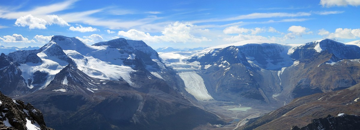Nigel Peak's summit views over the Columbia Icefields and the Athabasca Glacier are stunning.