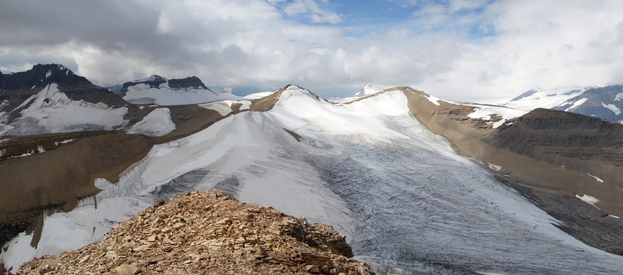 The Expansive Western Summit View