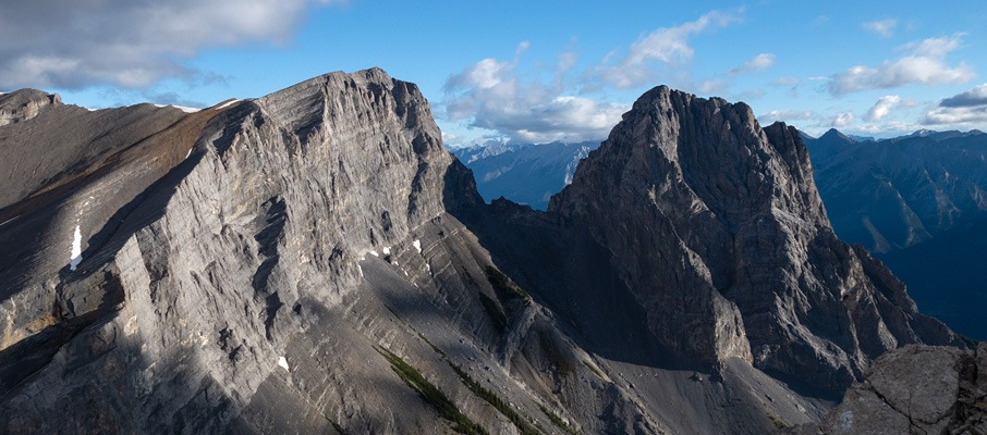 Middle and Little Sisters from the summit of The Orphan